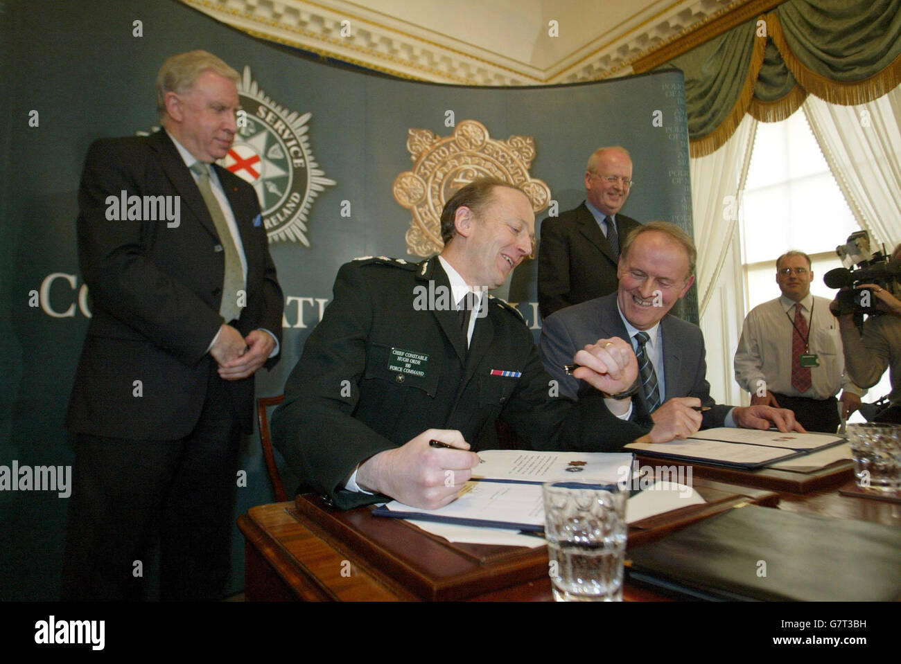 Historic agreement on cross border policing hillsborough stock historic agreement on cross border policing hillsborough platinumwayz