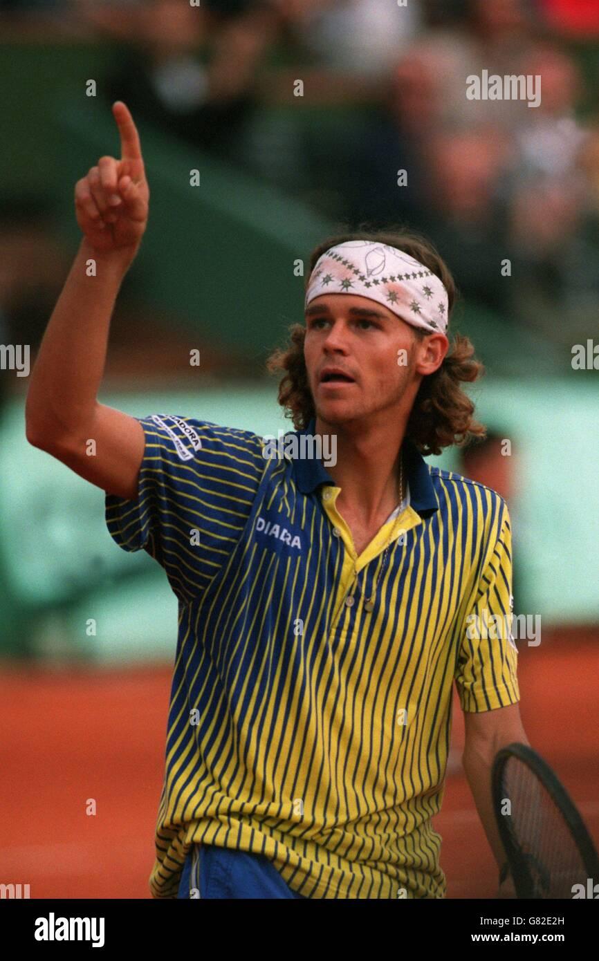 French Tennis Open Gustavo Kuerten v Yevgeny Kuerten Stock
