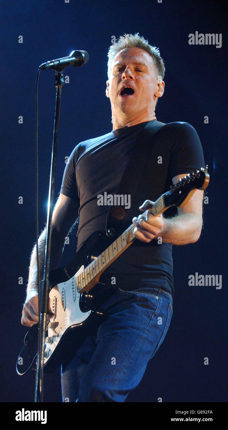 Bryan Adams\' Room Service Tour - Earls Court Stock Photo: 108379022 ...