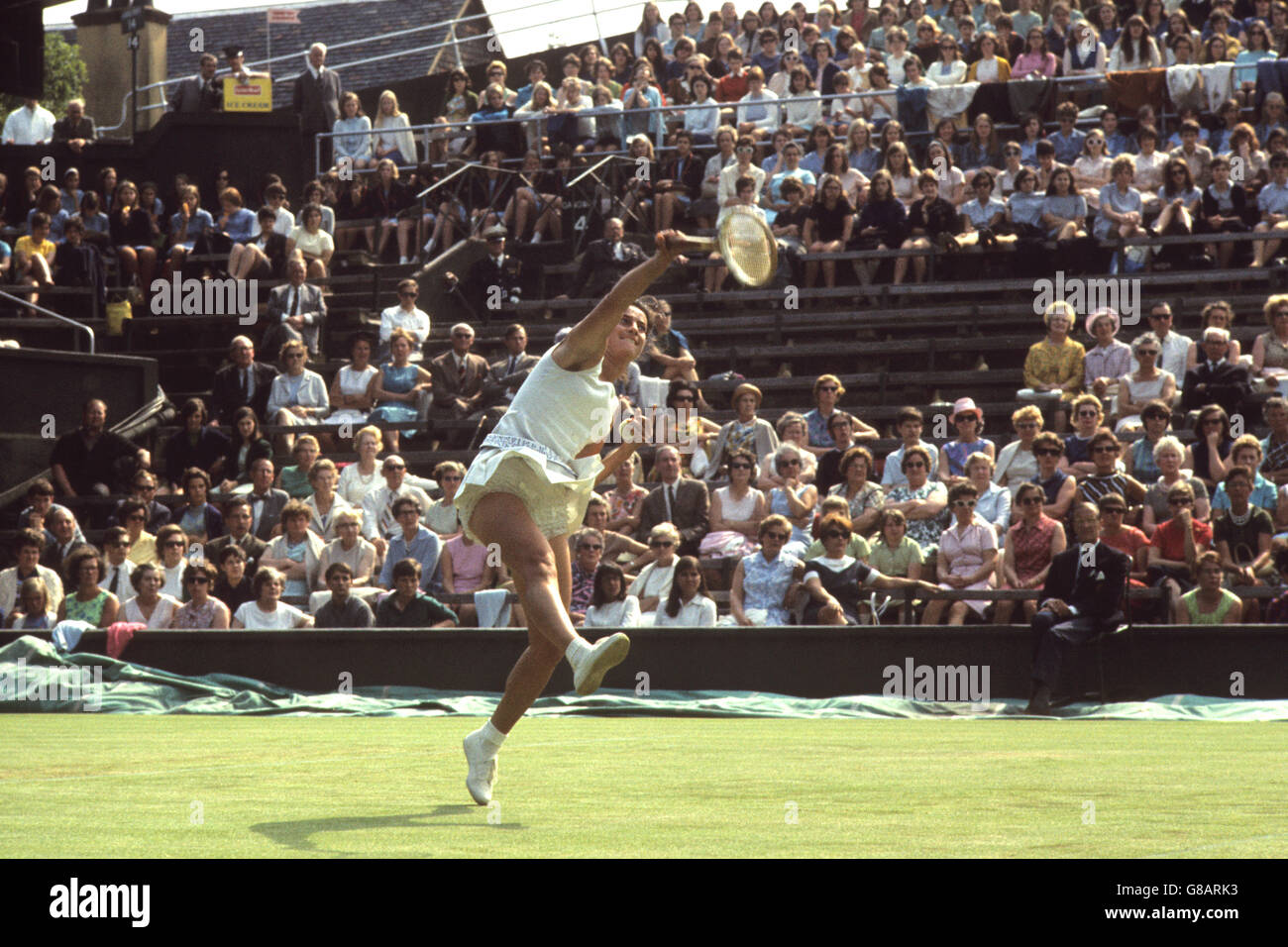 Tennis Wightman Cup Virginia Wade v Mary Ann Eisel Wimbledon