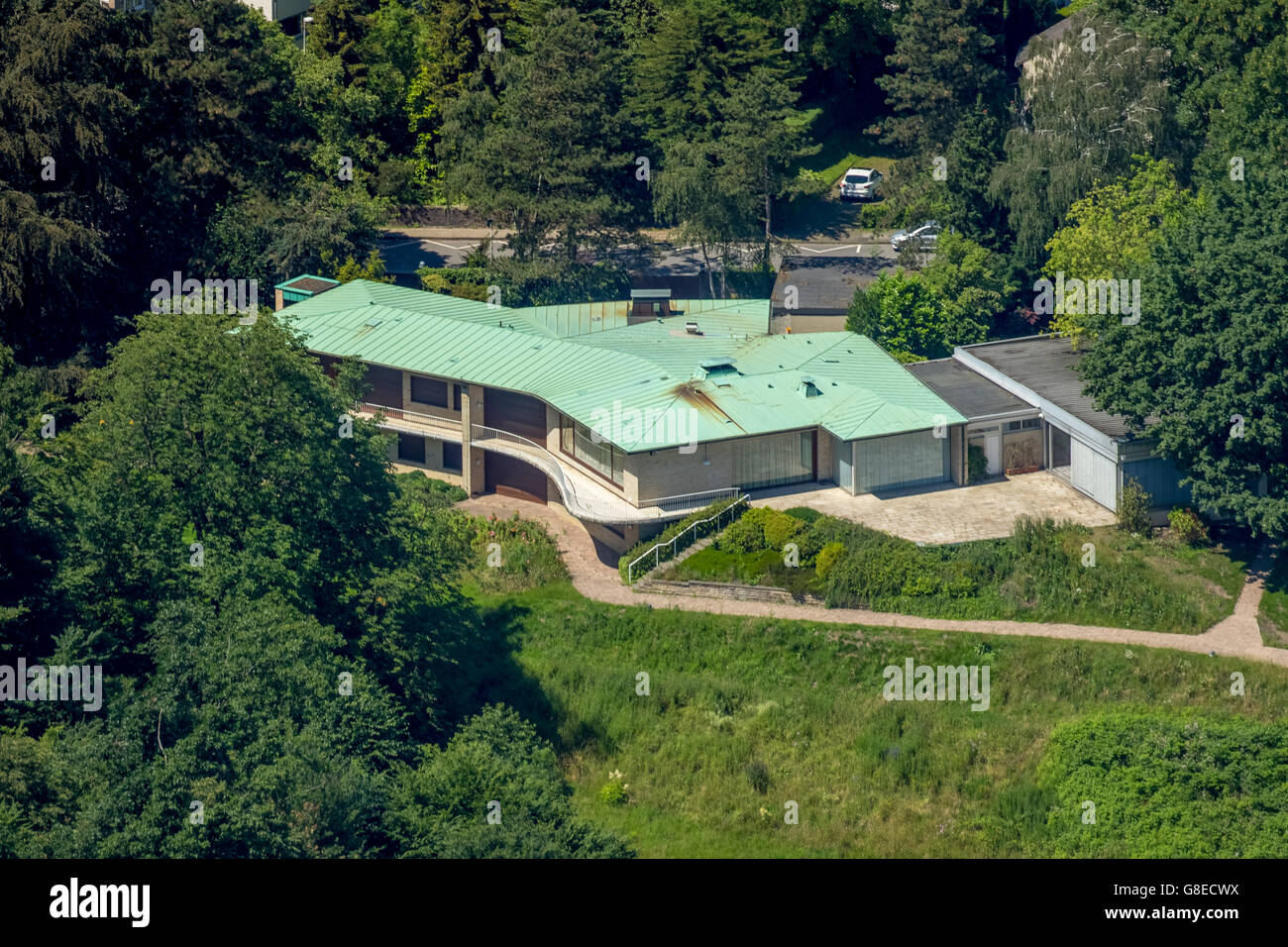aerial view beitz villa berthold beitz krupp heir deceased stock photo 108496918 alamy. Black Bedroom Furniture Sets. Home Design Ideas