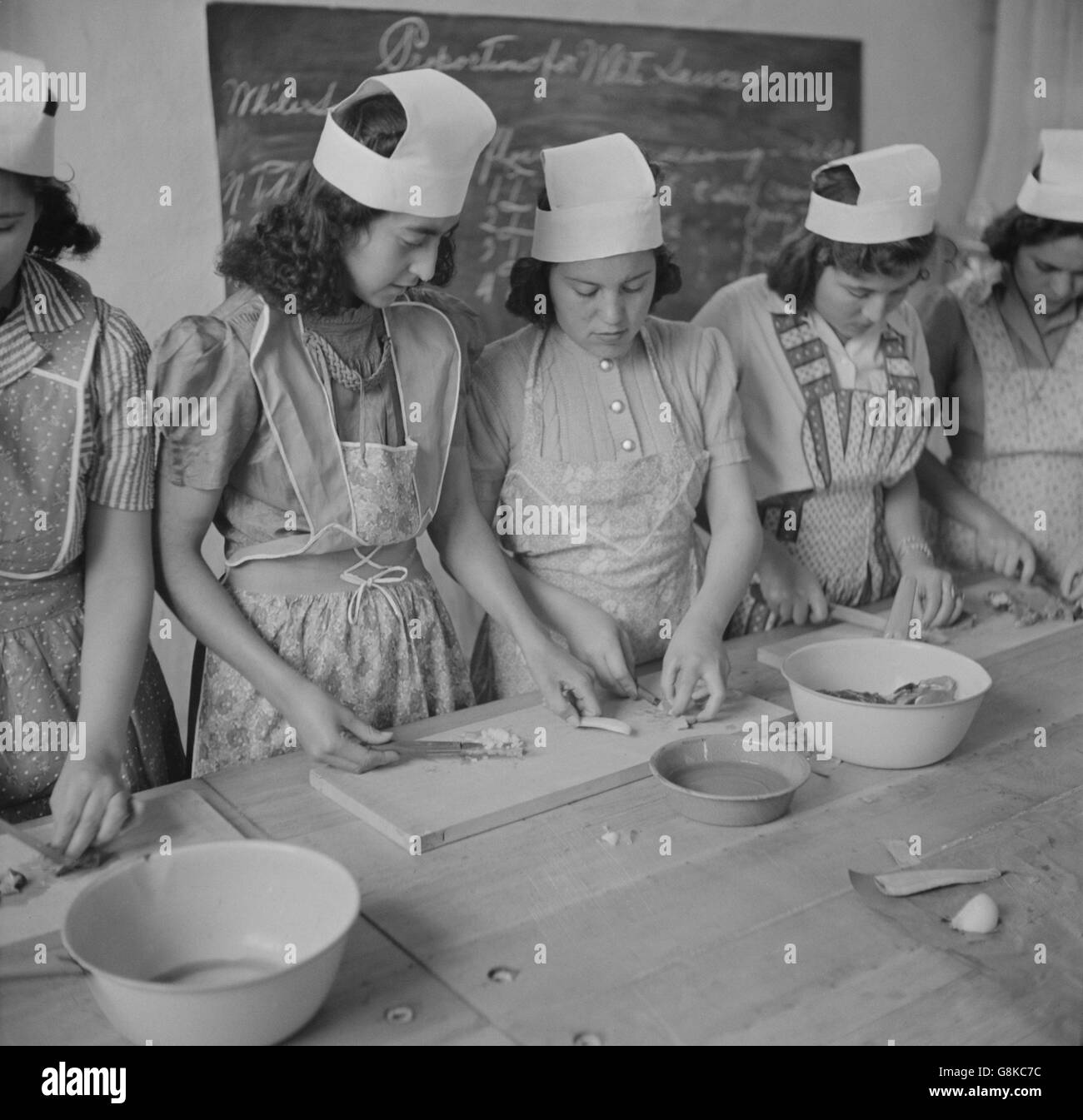 New mexico taos county penasco - Teenage High School Girls In Domestic Science Class Penasco New Mexico Usa
