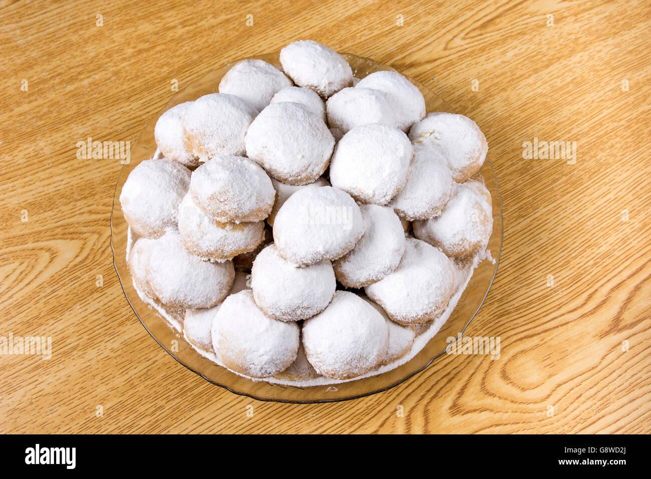 Wonderful Dessert Eid Al-Fitr Feast - kahk-feast-kahk-el-eid-translation-cookies-of-el-fitr-islamic-feast-G8WD2J  Photograph_374210 .jpg