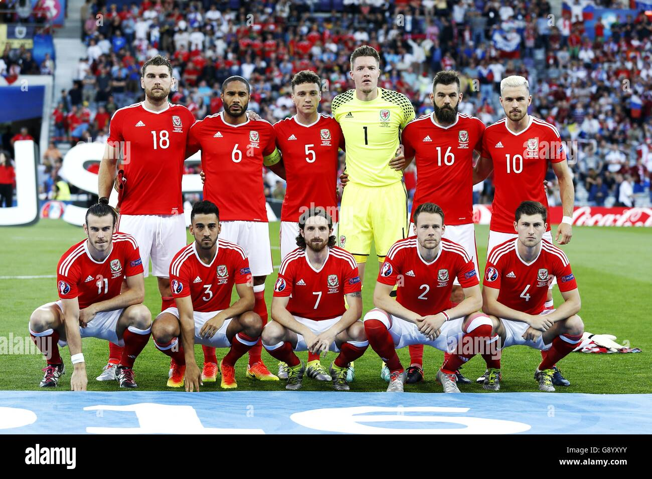 wales team group line up wal jun 20 2016 football soccer stock photo royalty free image. Black Bedroom Furniture Sets. Home Design Ideas