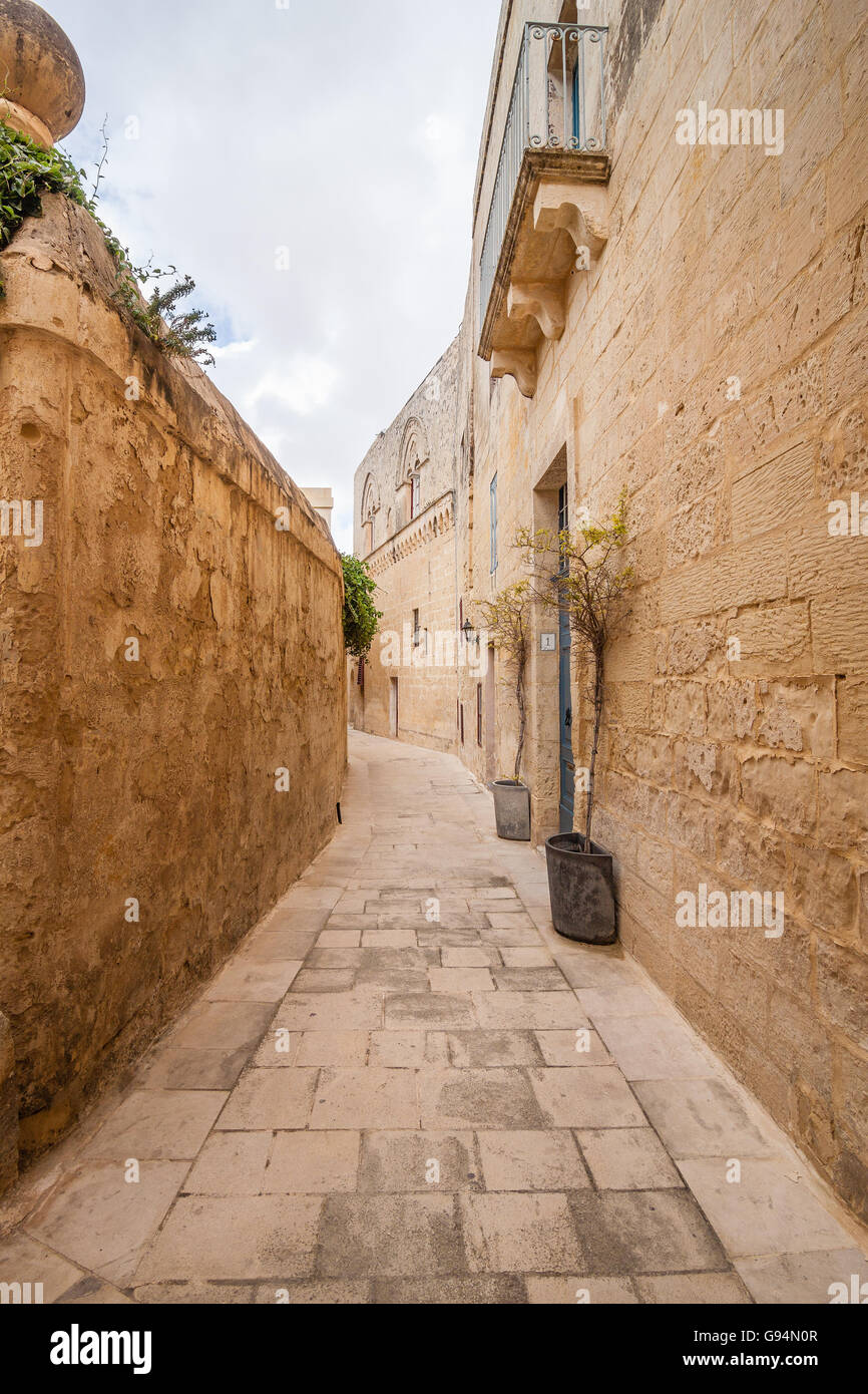 malta old alley houses - photo #19