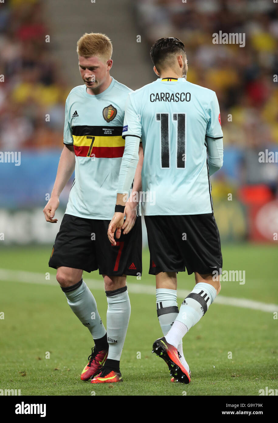 Kevin De Bruyne L and Yannick Carrasco of Belgium during UEFA