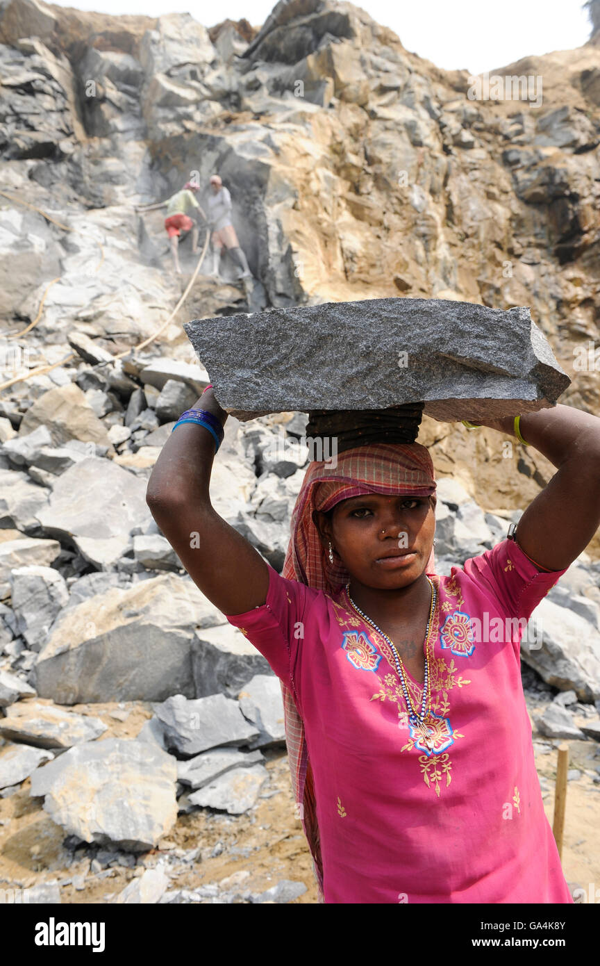 india westbengal worker in stone quarry near bankura most of the stock photo royalty free. Black Bedroom Furniture Sets. Home Design Ideas