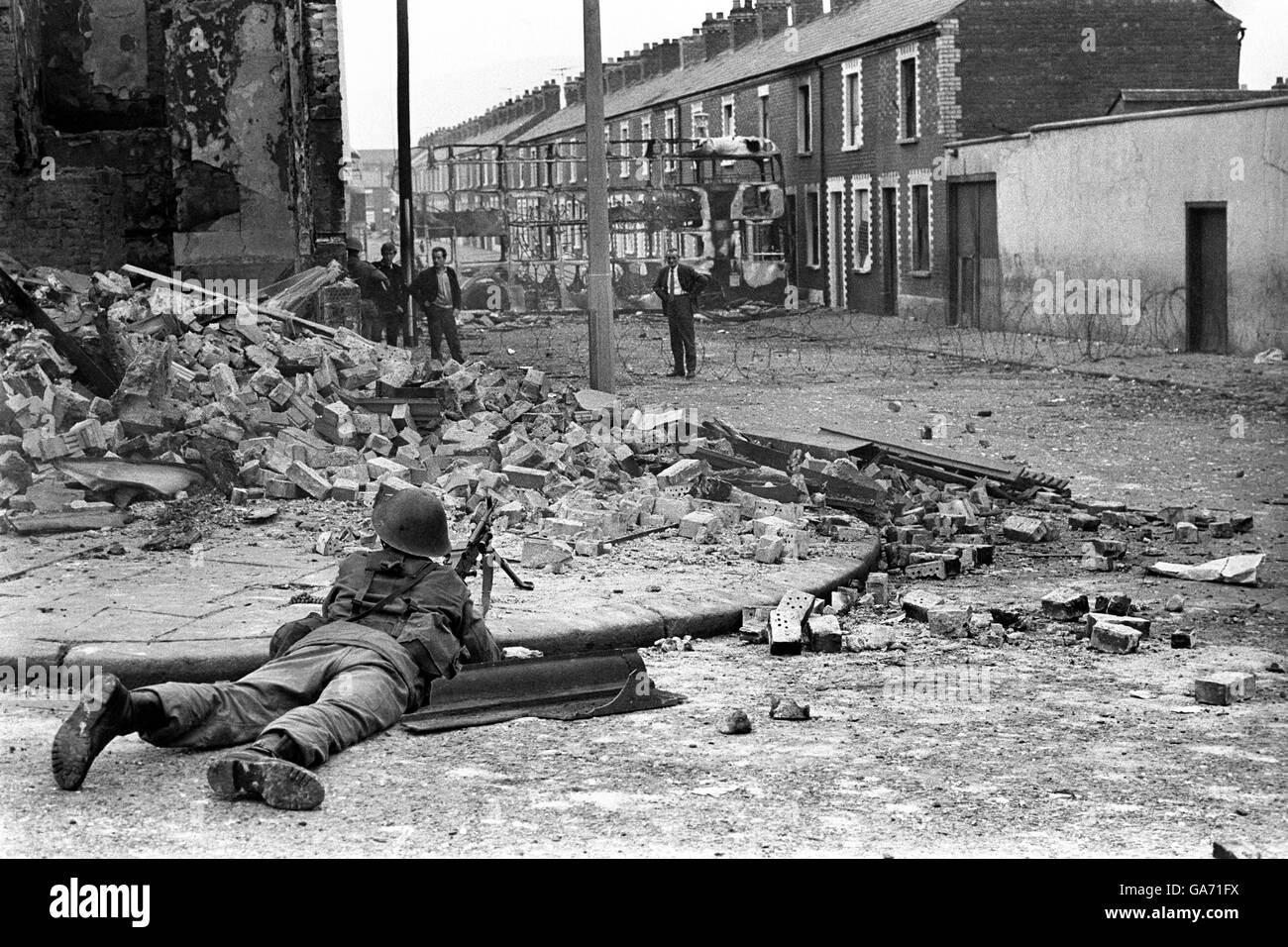 the troubles in northern ireland If you are just popping into my blog, welcome i am currently in the midst of trying to recap irish history from, oh, about the 1600s until modern day it is making my head spin (seriously i feel lik.