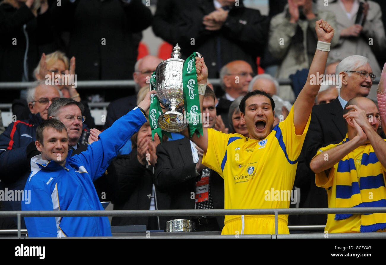 Soccer fa vase trophy final whitley bay v wroxham wembley soccer fa vase trophy final whitley bay v wroxham wembley stadium floridaeventfo Image collections