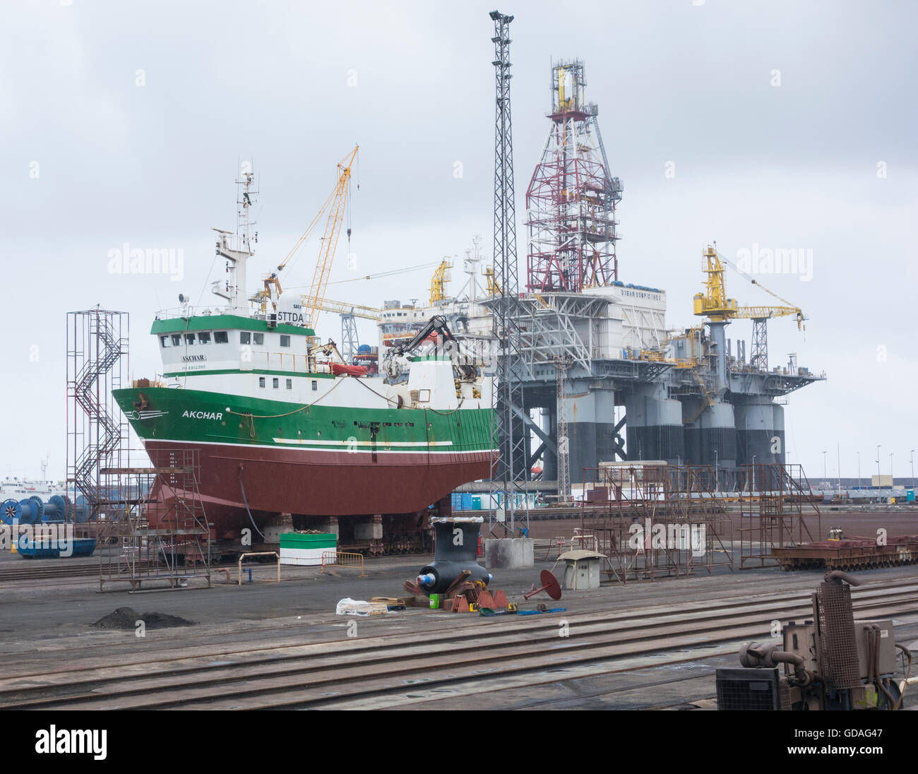 Ships and oil rig in repair yard in las palmas port on gran canaria stock photo royalty free - Port of las palmas gran canaria ...