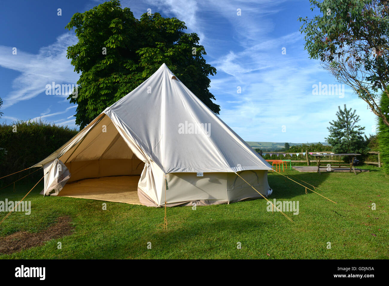 Canvas bell tent in English countryside (East Sussex & Canvas bell tent in English countryside (East Sussex Stock Photo ...