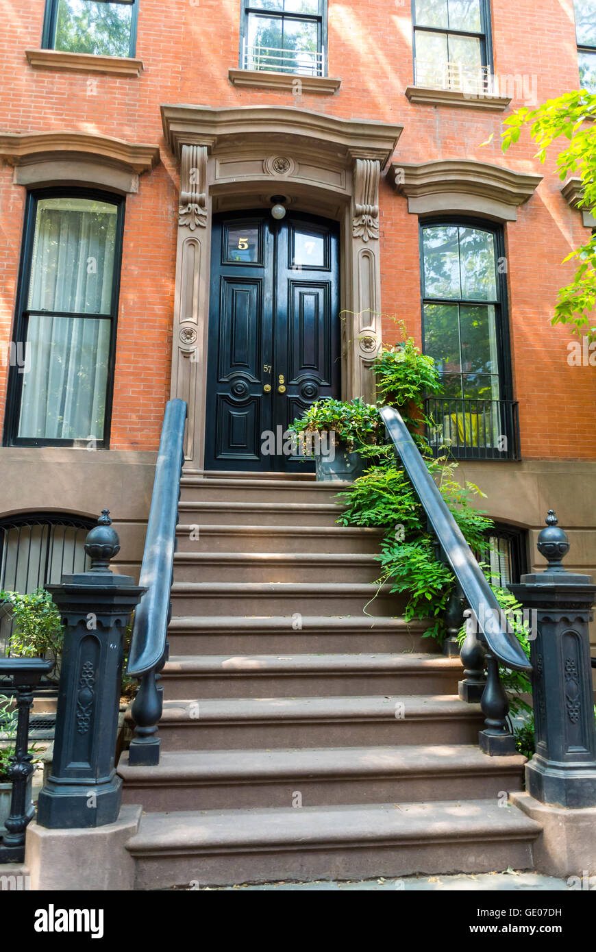 New york city ny usa greenwich village neighborhood for Nyc greenwich village apartments