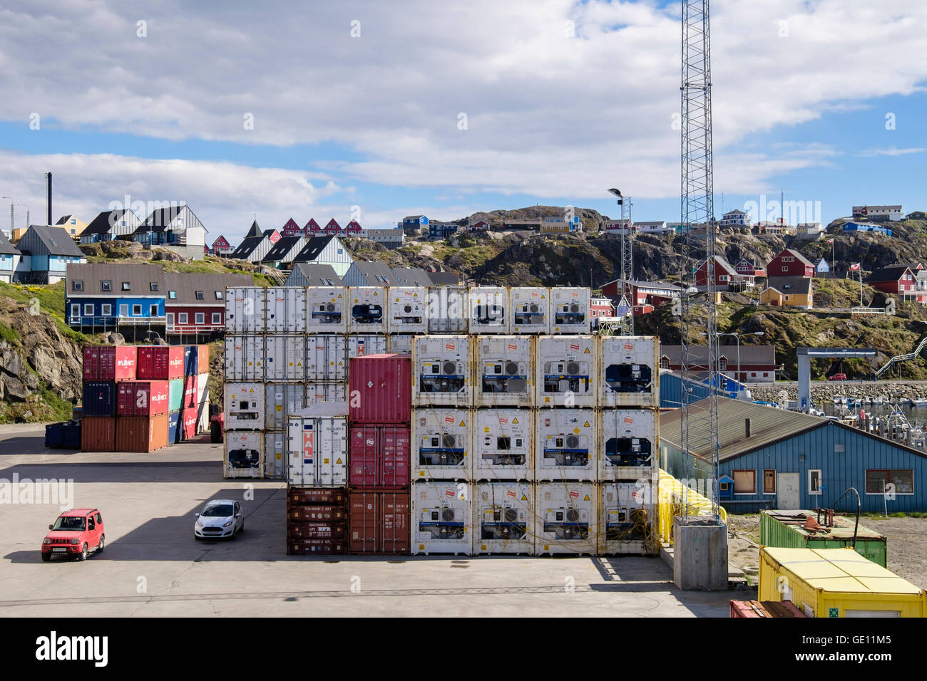 Arctic Line : Royal arctic line shipping containers with temperature control