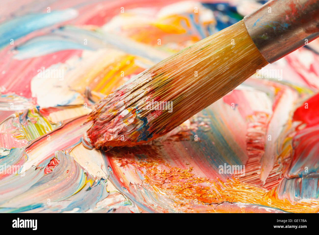 How to Choose Between using Oil Paints or Acrylics: Understand ...