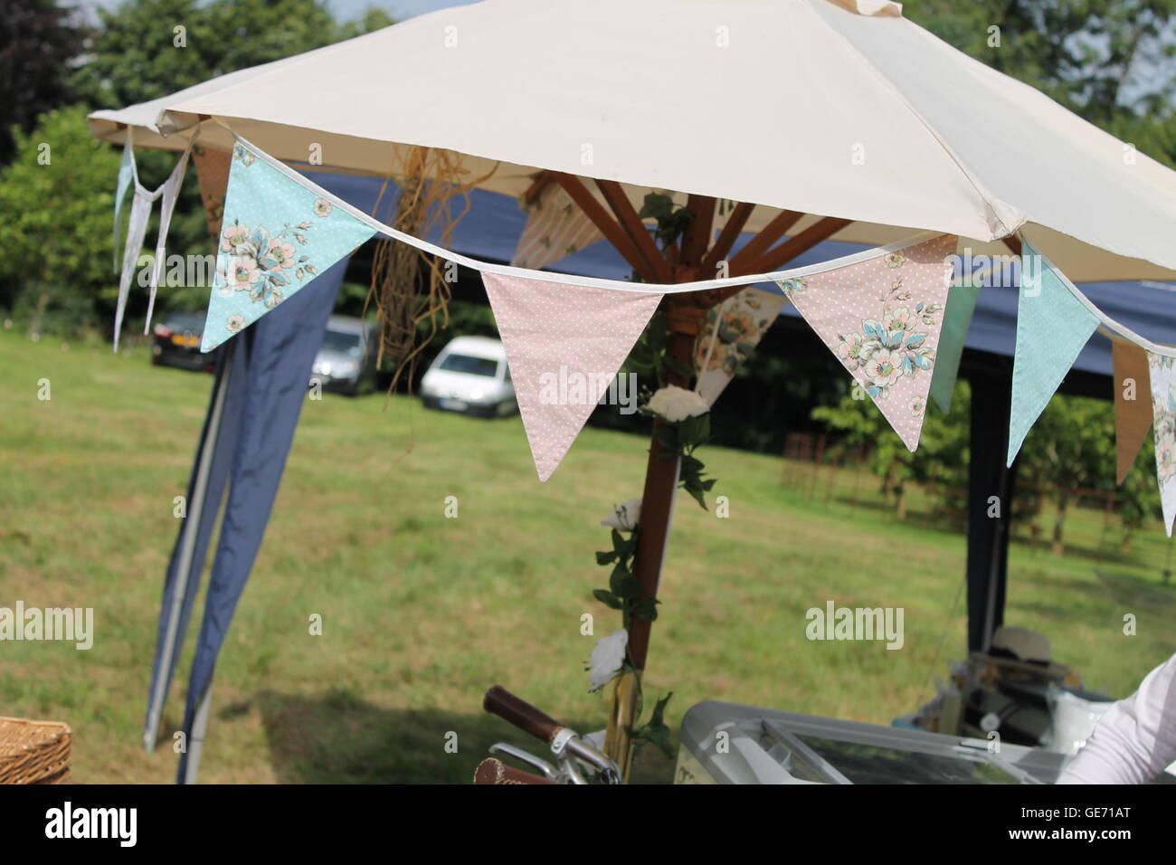 Bunting summer wedding party c&ing tent gl&ing garland outdoor decoration garden party vintage flags & Bunting summer wedding party camping tent glamping garland ...