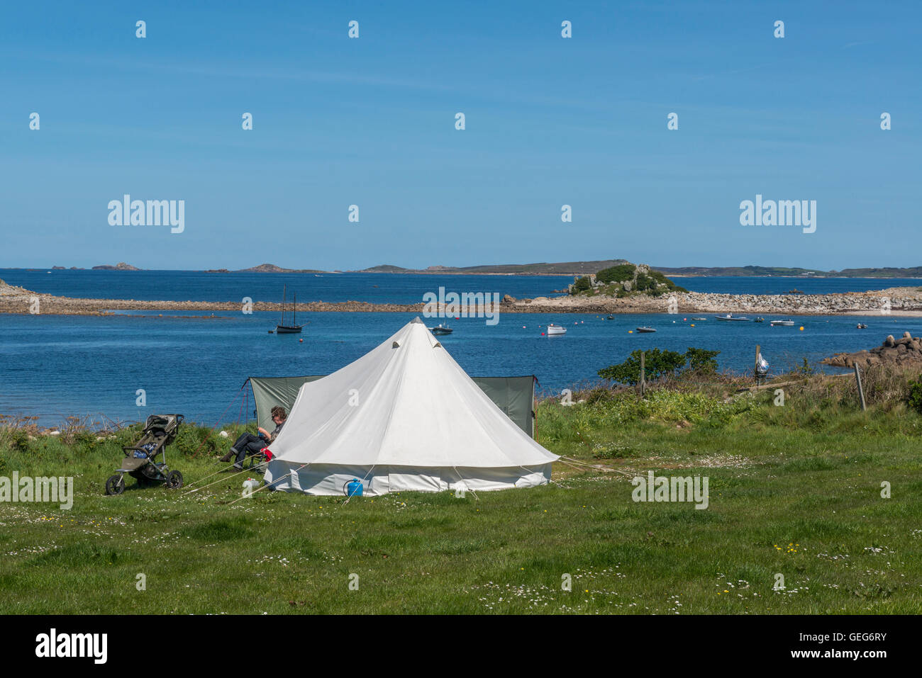 Troytown farm c&site. St Agnes. Isles of Scilly. Cornwall. England. UK & Campsite Cornwall Stock Photos u0026 Campsite Cornwall Stock Images ...