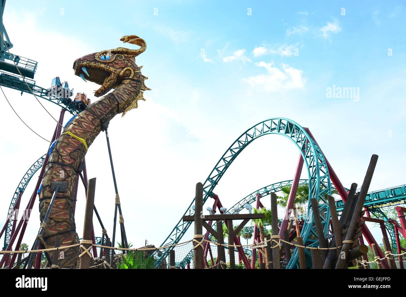 Cobra 39 S Curse Spin Coaster At Busch Gardens Tampa Florida