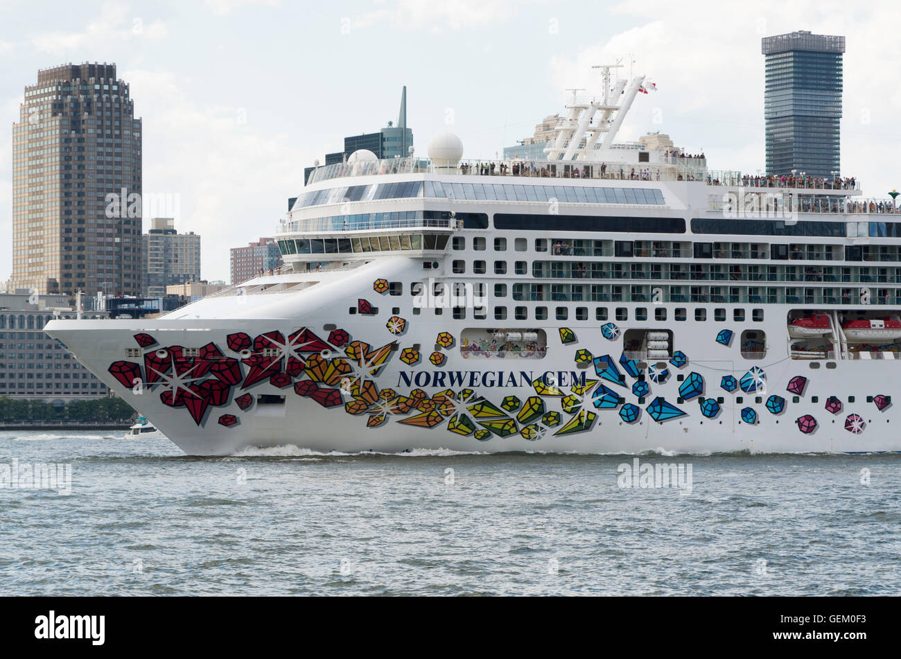 Norwegian Gem By Norwegian Cruise Line Cruise Ship Sailing Out Of - Cruises out of nyc