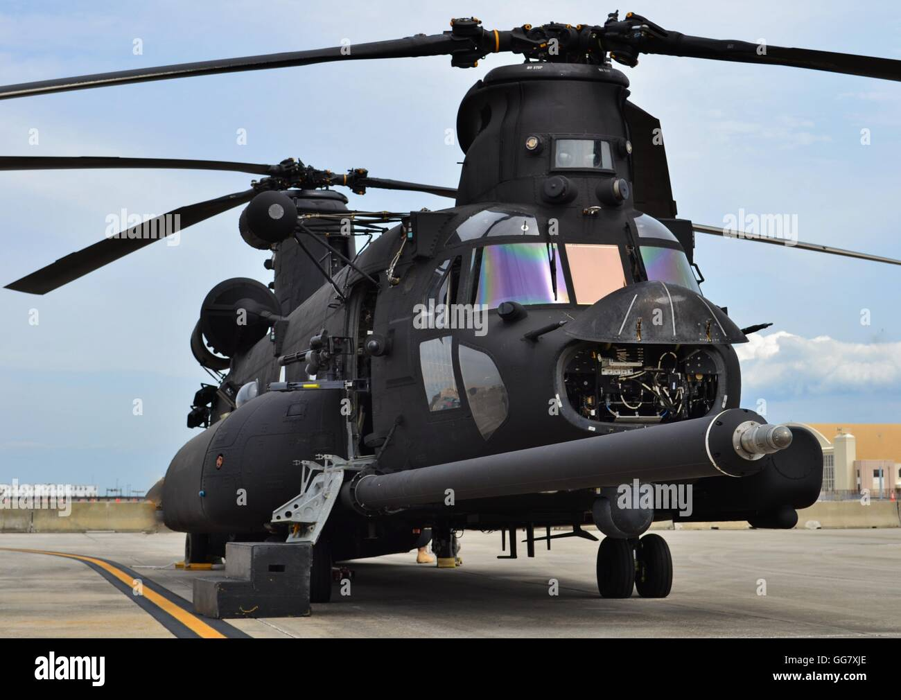 A special forces CH-47 Chinook helicopter of Army special ...