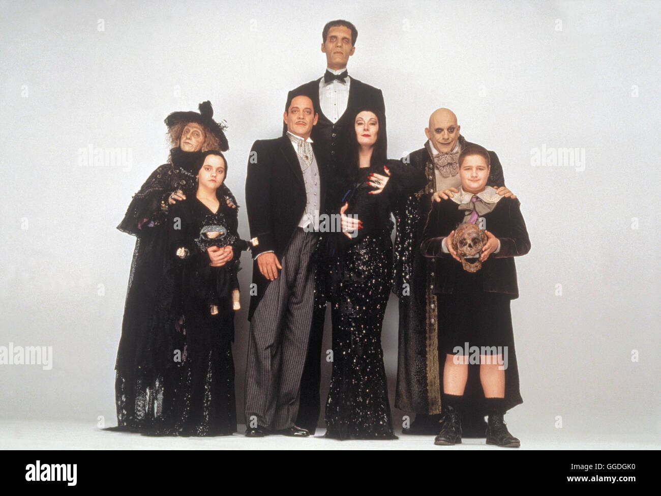 die addams family in verr ckter tradition addams family values usa stock photo royalty free. Black Bedroom Furniture Sets. Home Design Ideas