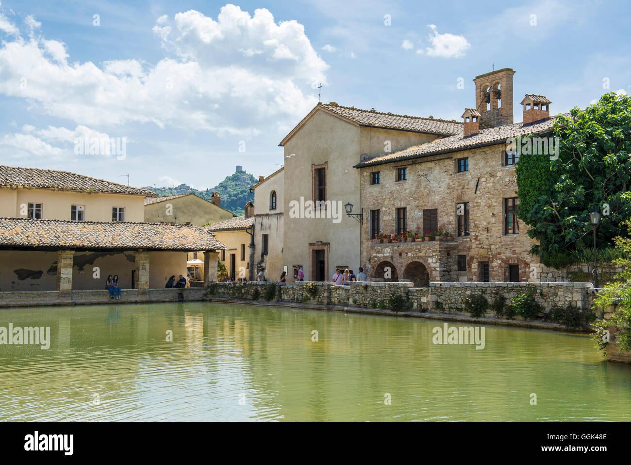 Hot springs bagno vignoni near san quirico d orcia val - Bagno vignoni siena ...