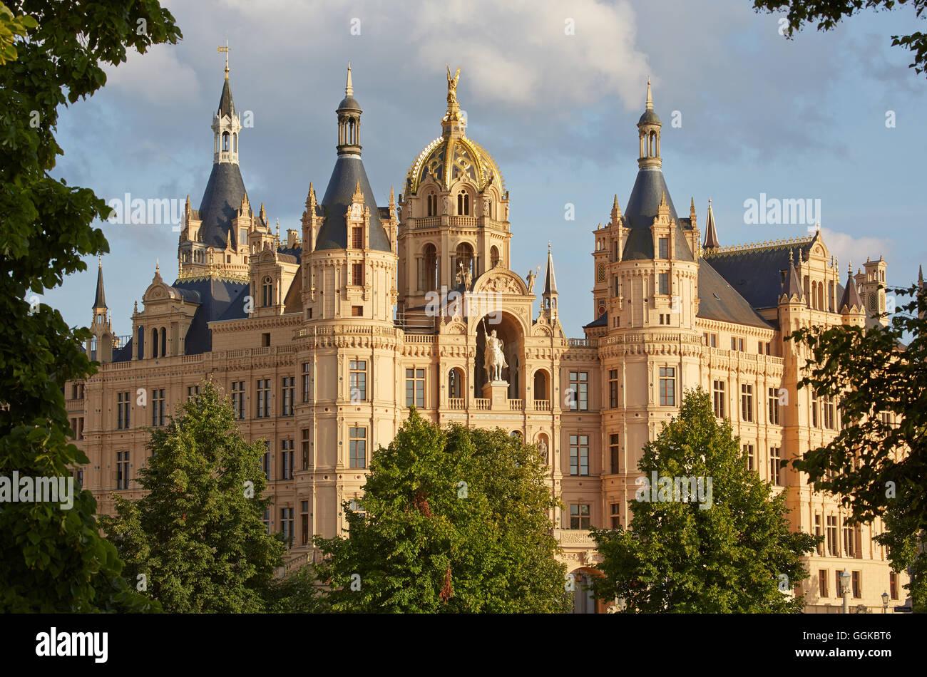 Schwerin Castle (Schweriner Schloss), Mecklenburg-Vorpommern state ...