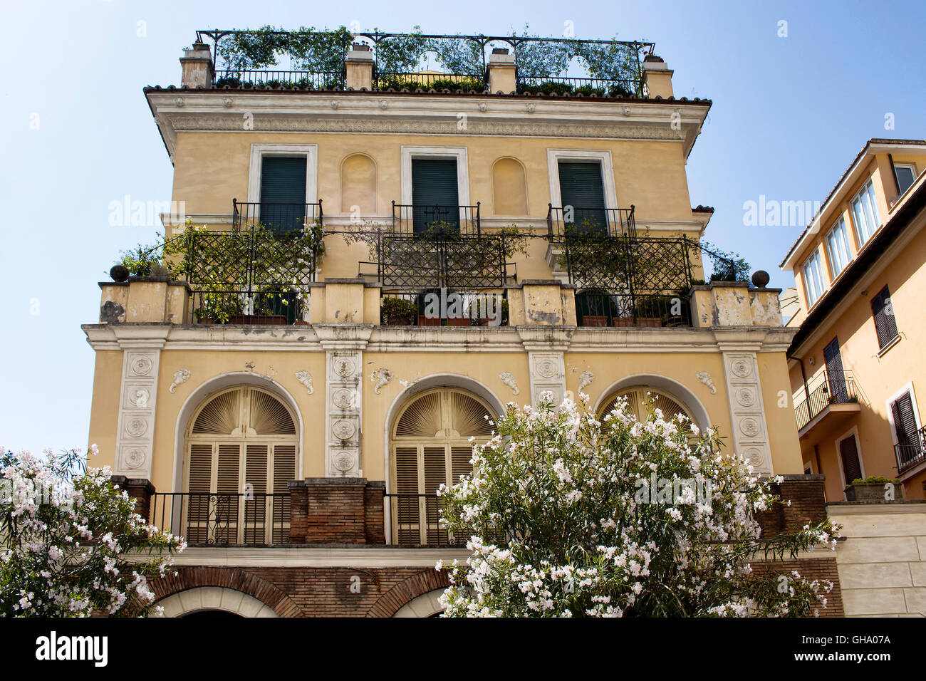 View of one of the traditional italian houses in rome for 1 homes in italy