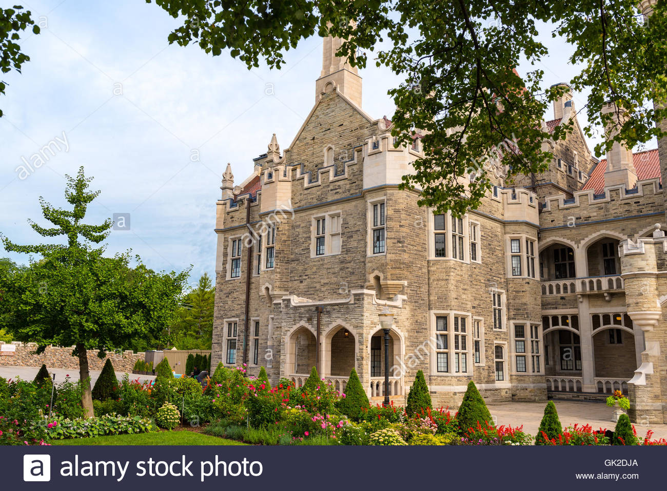 Casa loma vintage beautiful castle architecture exterior design the mansion is one of the