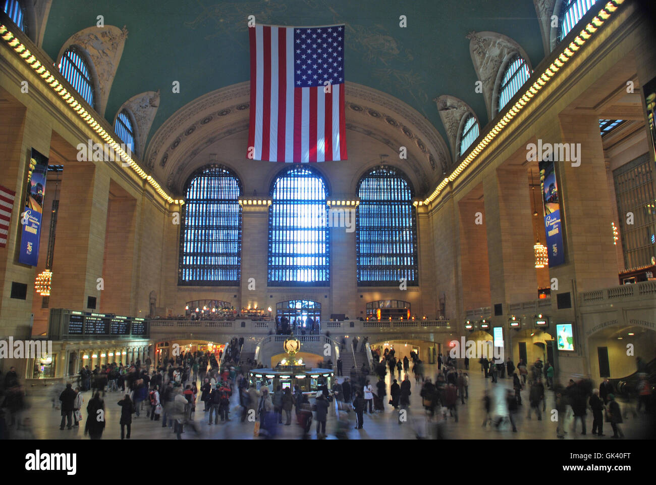 Grand central station new york stock photo royalty free for Grand tableau new york