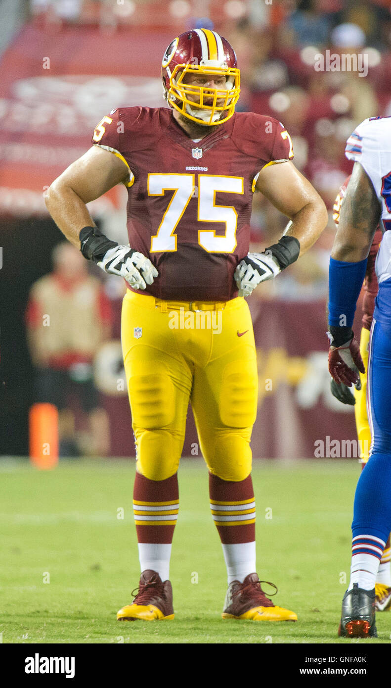 Washington Redskins offensive guard Brandon Scherff 75 looks