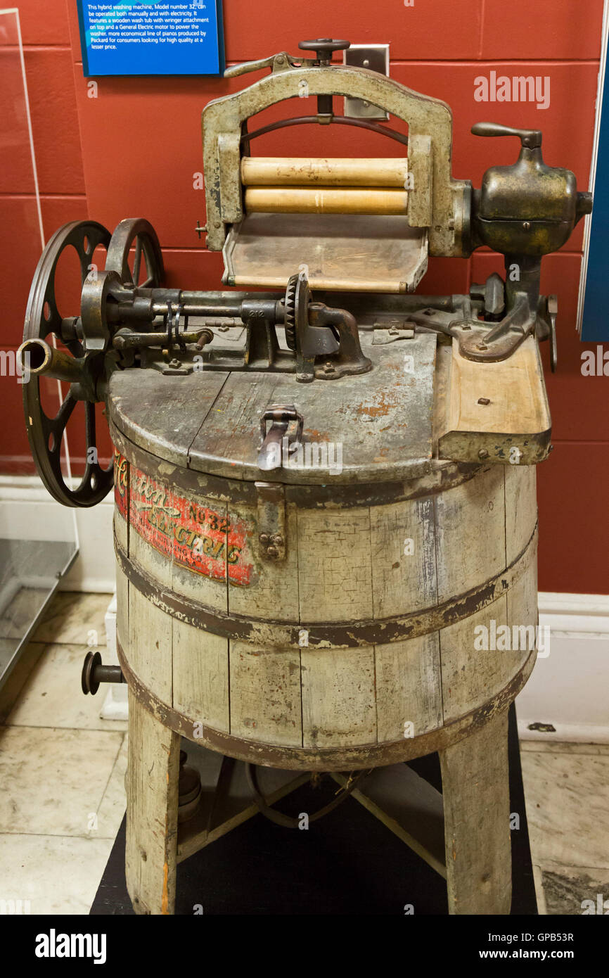 Fort Wayne, Indiana - A Horton Hybrid washing machine from the ...