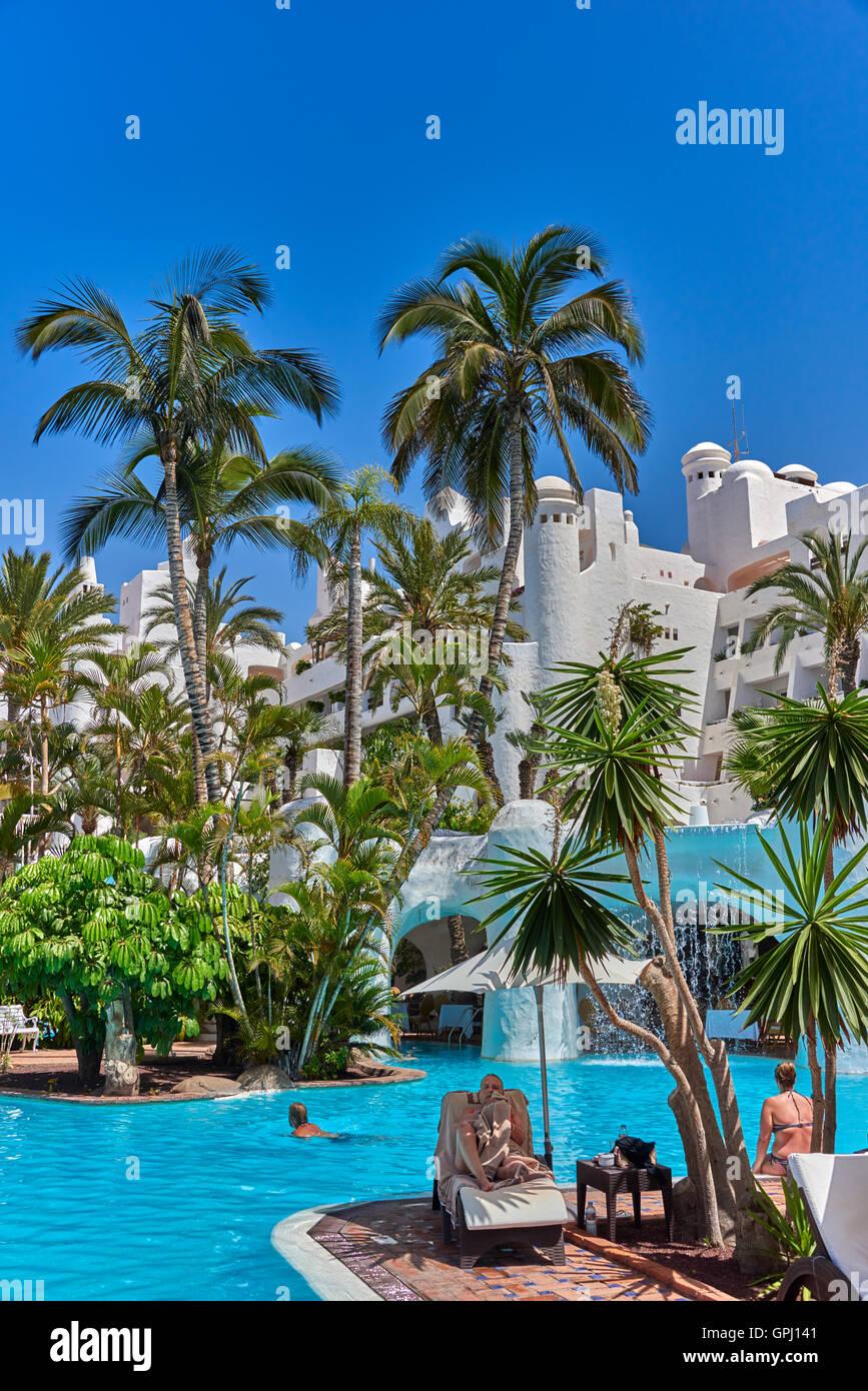 Hotel jardin tropical costa adeje tenerife stock photo royalty free image 117180673 alamy - Jardin tropical costa adeje ...