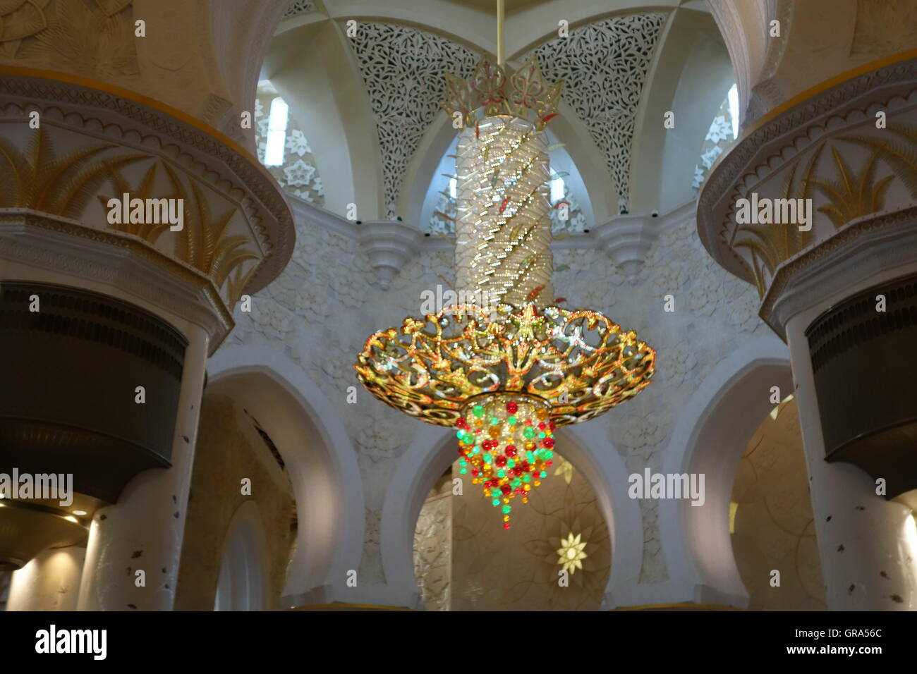 Golden Chandelier Abu Dhabi Mosque Stock Photo, Royalty Free Image ...
