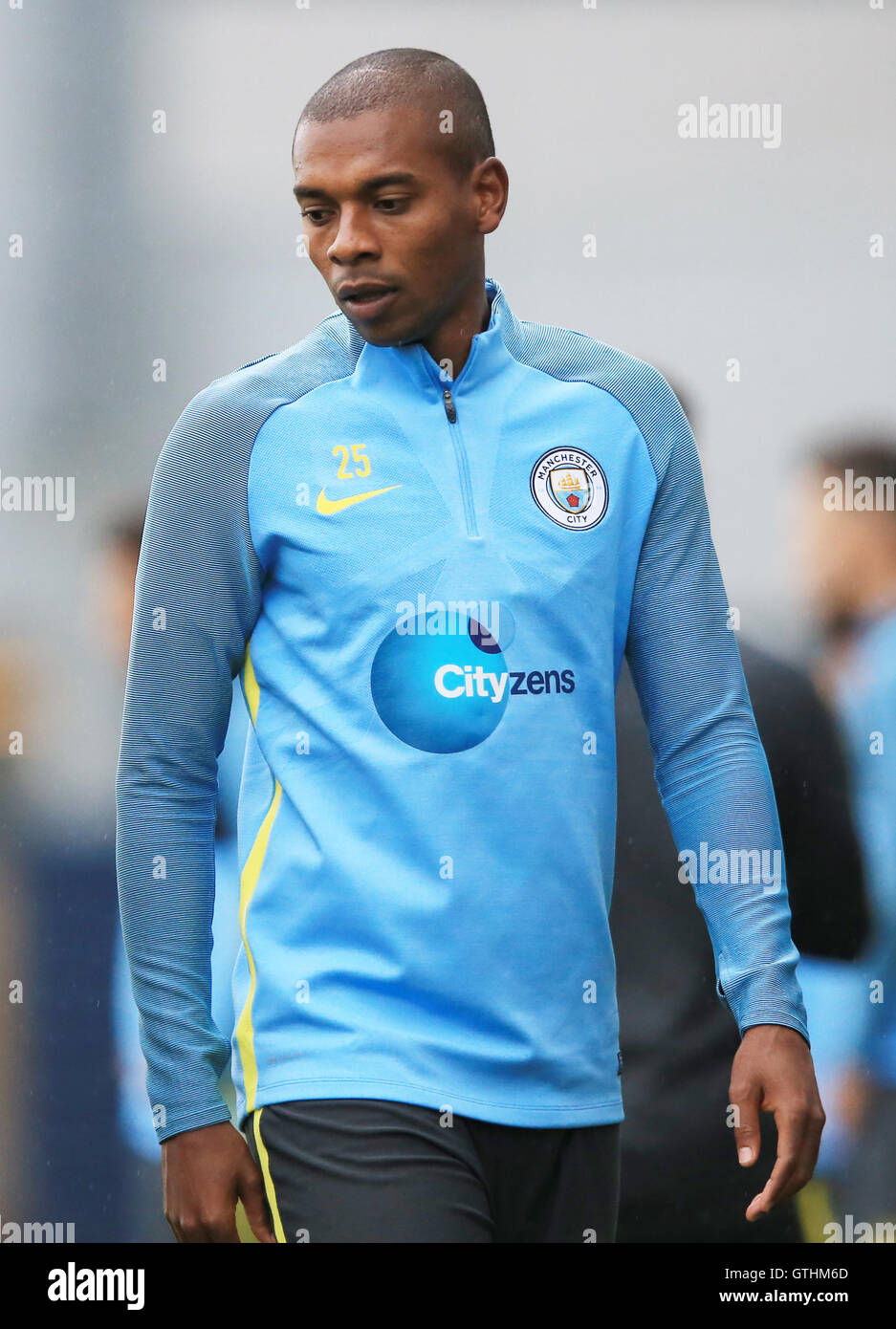 Manchester City s Fernandinho in training Stock Royalty