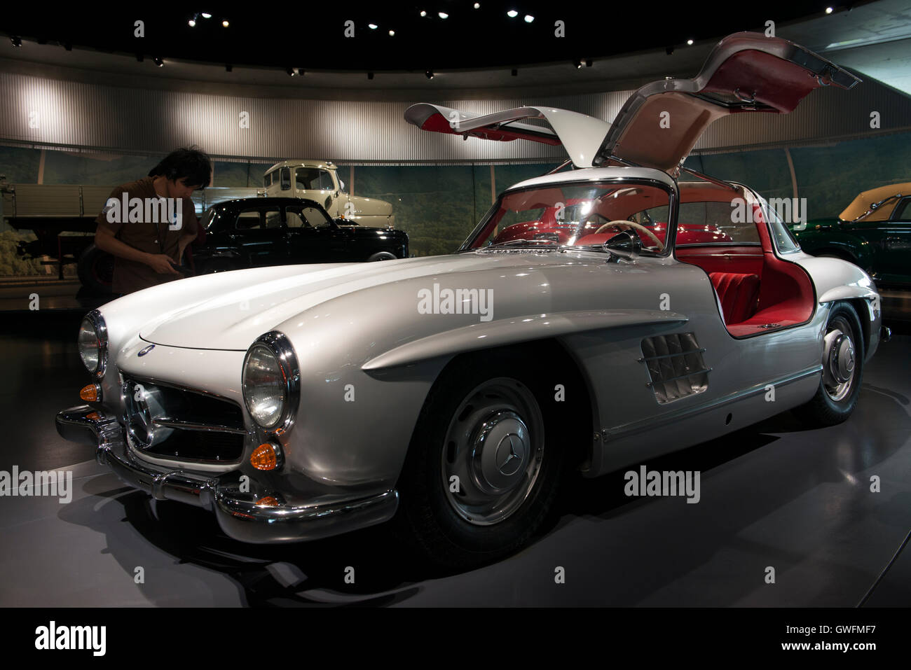 1955 mercedes benz 300 sl gullwing mercedes museum stuttgart stock photo royalty free image. Black Bedroom Furniture Sets. Home Design Ideas