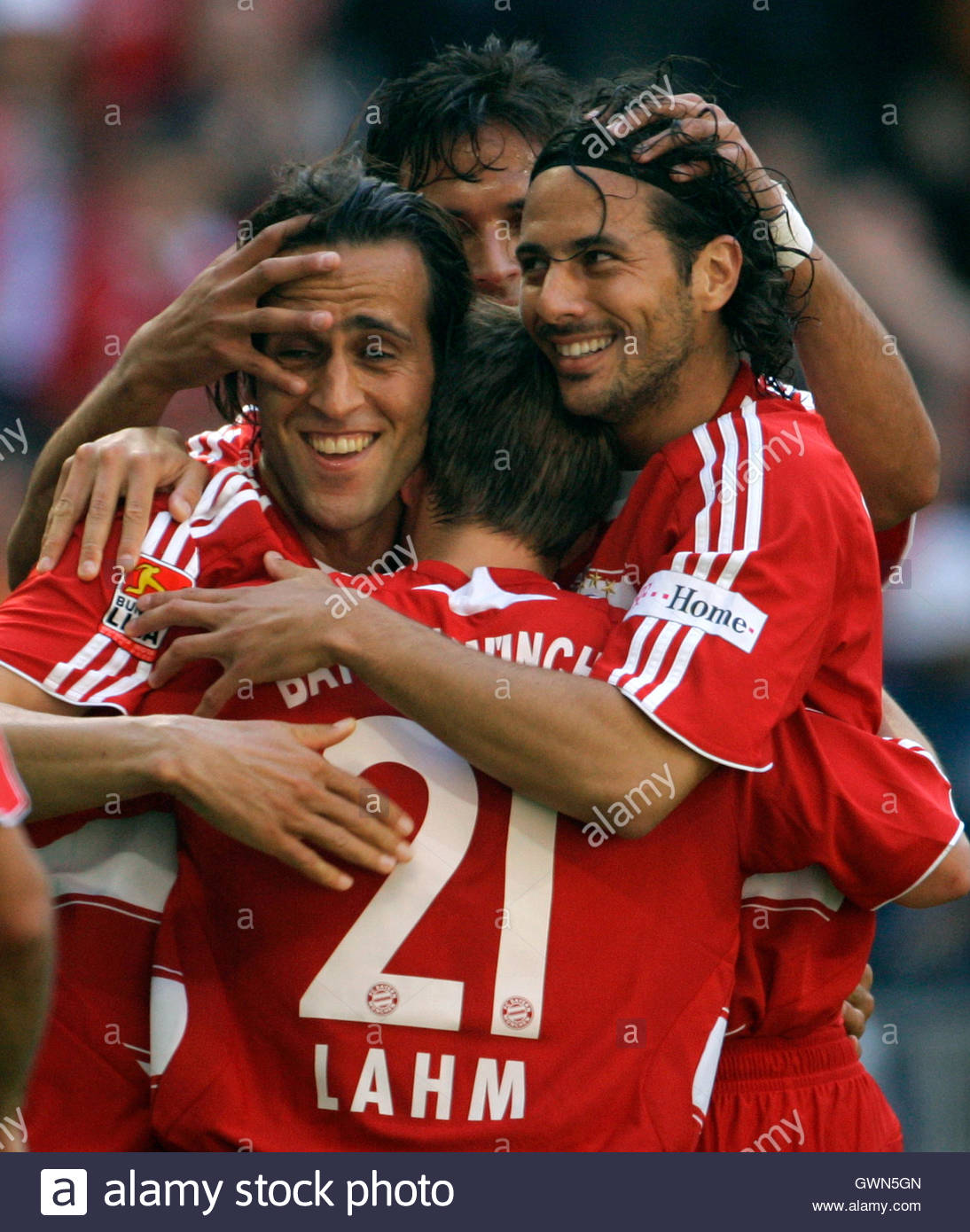 karimi stock photos karimi stock images page alamy bayern munich s ali karimi l philipp lahm claudio pizarro r and