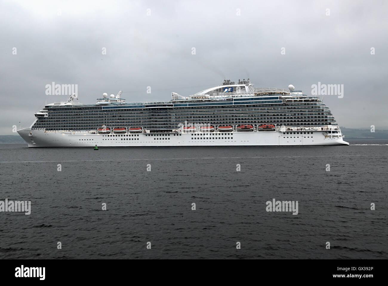Regal Princess Cruise Ship Departs From Greenock Stock - Cruise ships at greenock