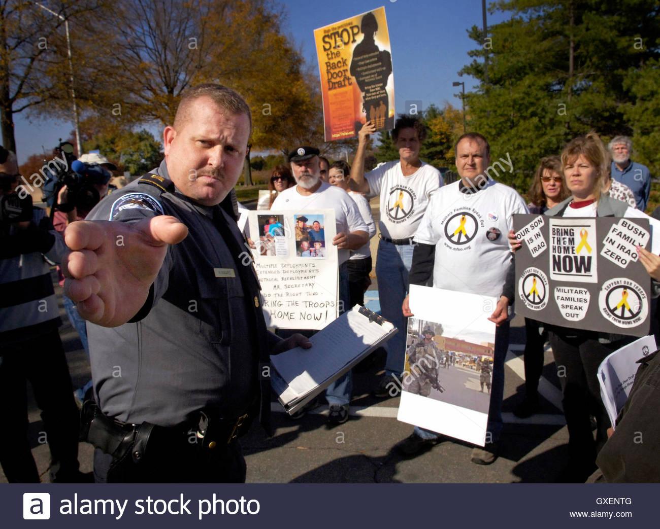 Sergeant John Kinnard (L) of the Pentagon police force directs ...