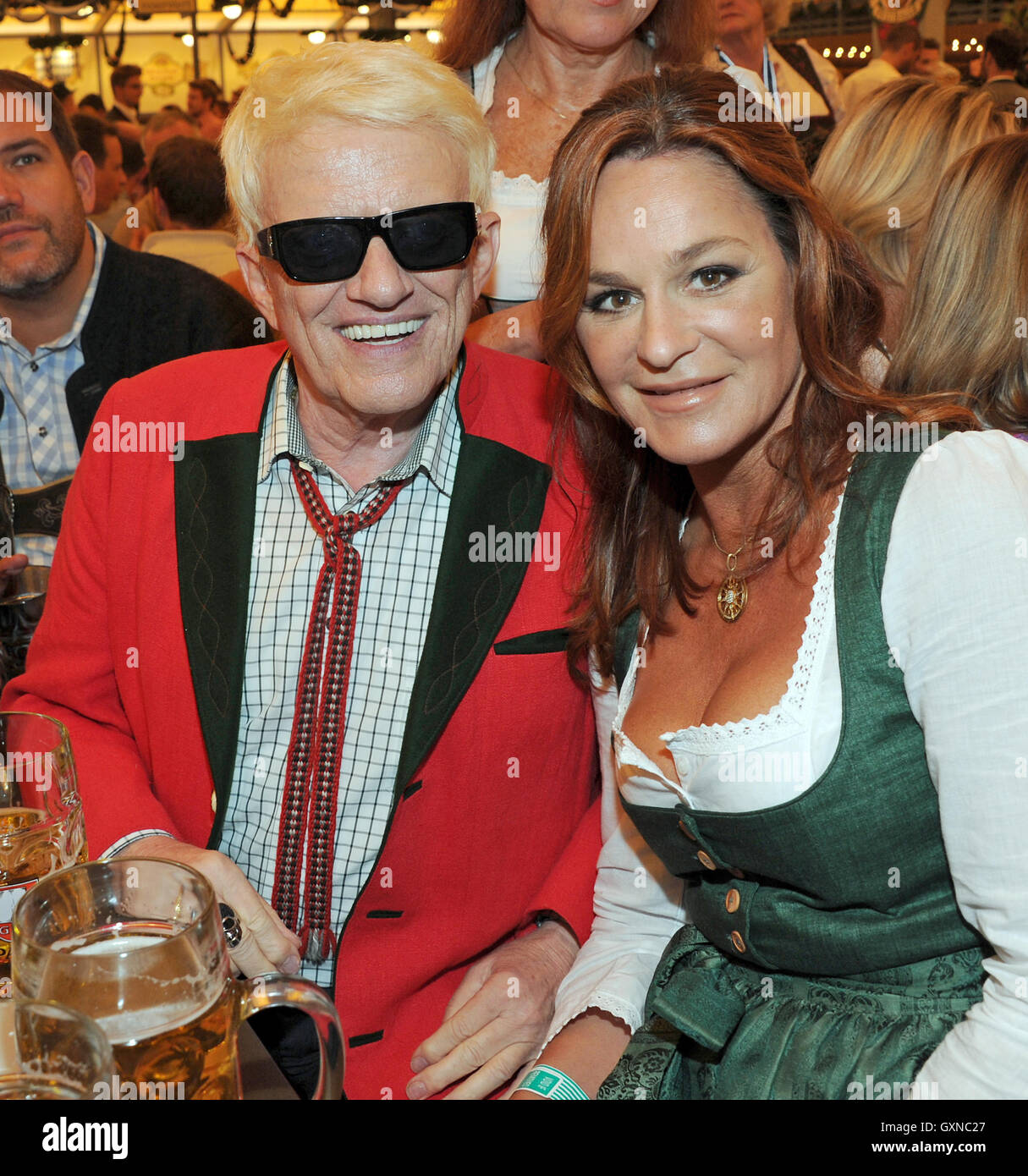 Andrea berg 2016 hd image free - 17th Sep 2016 Singer Andrea Berg And Heino Celebrate In The Schottenhamel Tent At The Start Of Oktoberfest In Munich Germany 17 September 2016