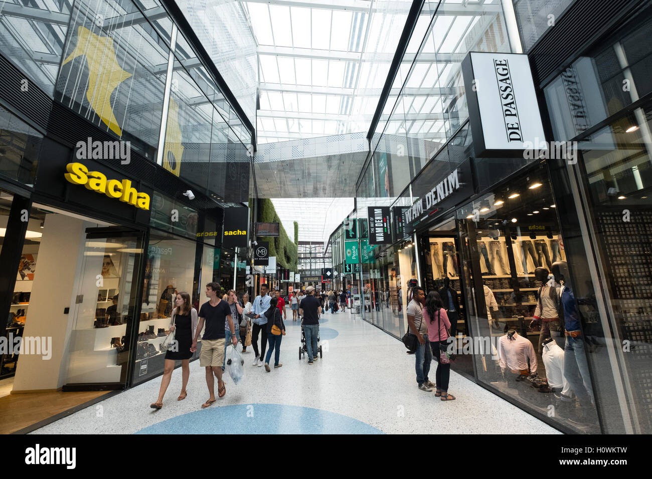 Interior of new De Passage shopping mall in Den Haag, The Hague Stock Photo, Royalty Free Image