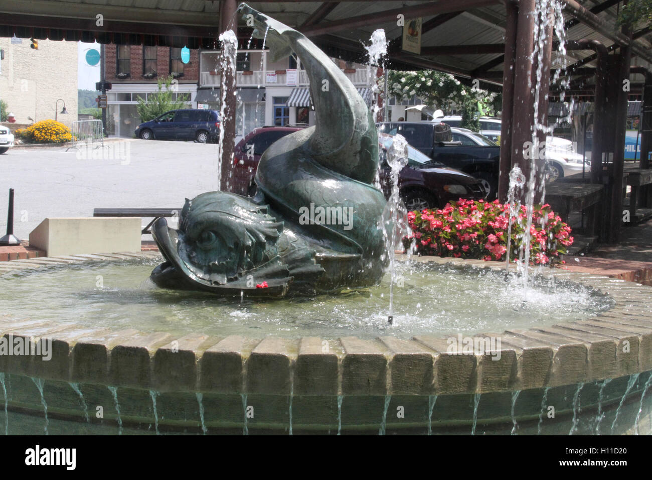 Water fountains virginia - Stock Photo Water Fountain In Front Of Farmer S Market In Downtown Lynchburg Virginia