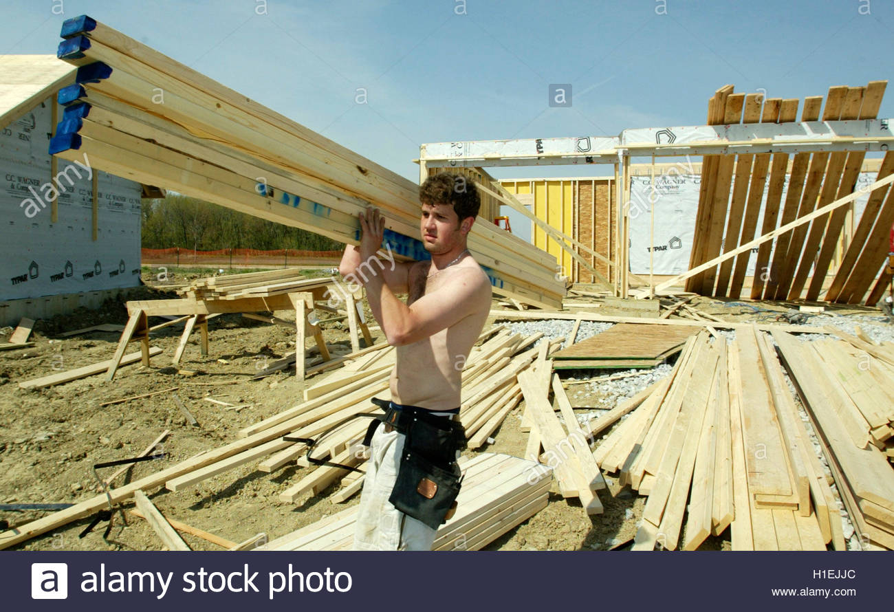 framer mike gray loads up on lumber at a job site in woodridge framer mike gray loads up on lumber at a job site in woodridge illinois