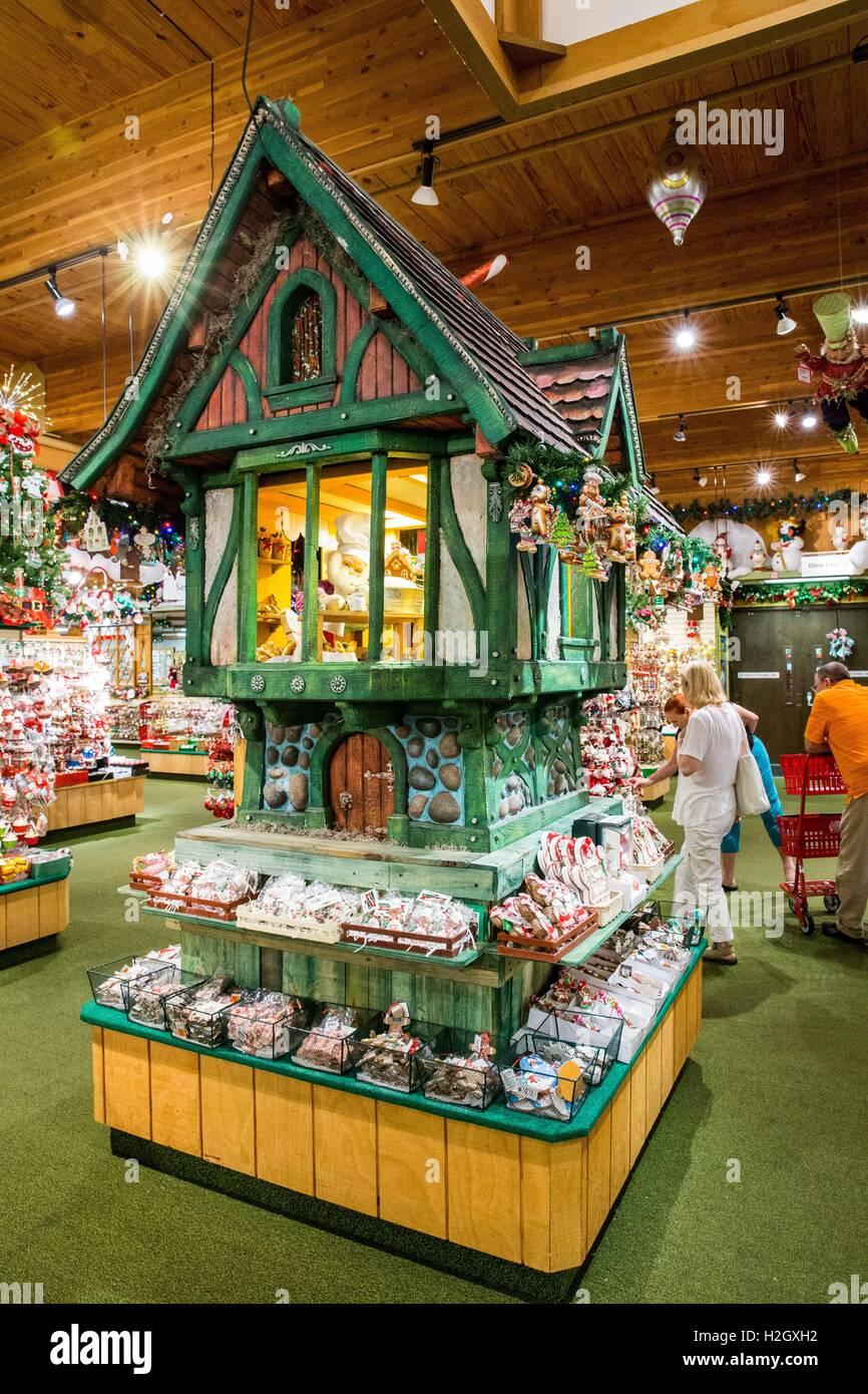 Inside the world famous Bronner's CHRISTmas Wonderland ...