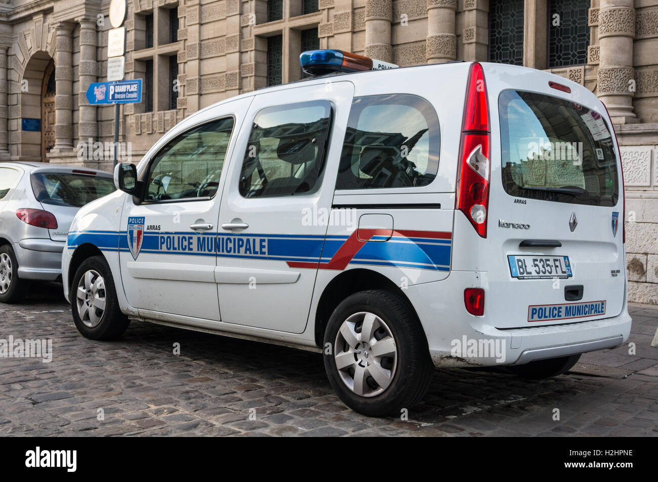 municipal police renault kangoo van outside h tel de ville arras stock photo royalty free. Black Bedroom Furniture Sets. Home Design Ideas