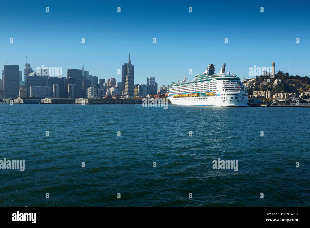royal caribbean cruise ship explorer of the seas in new york
