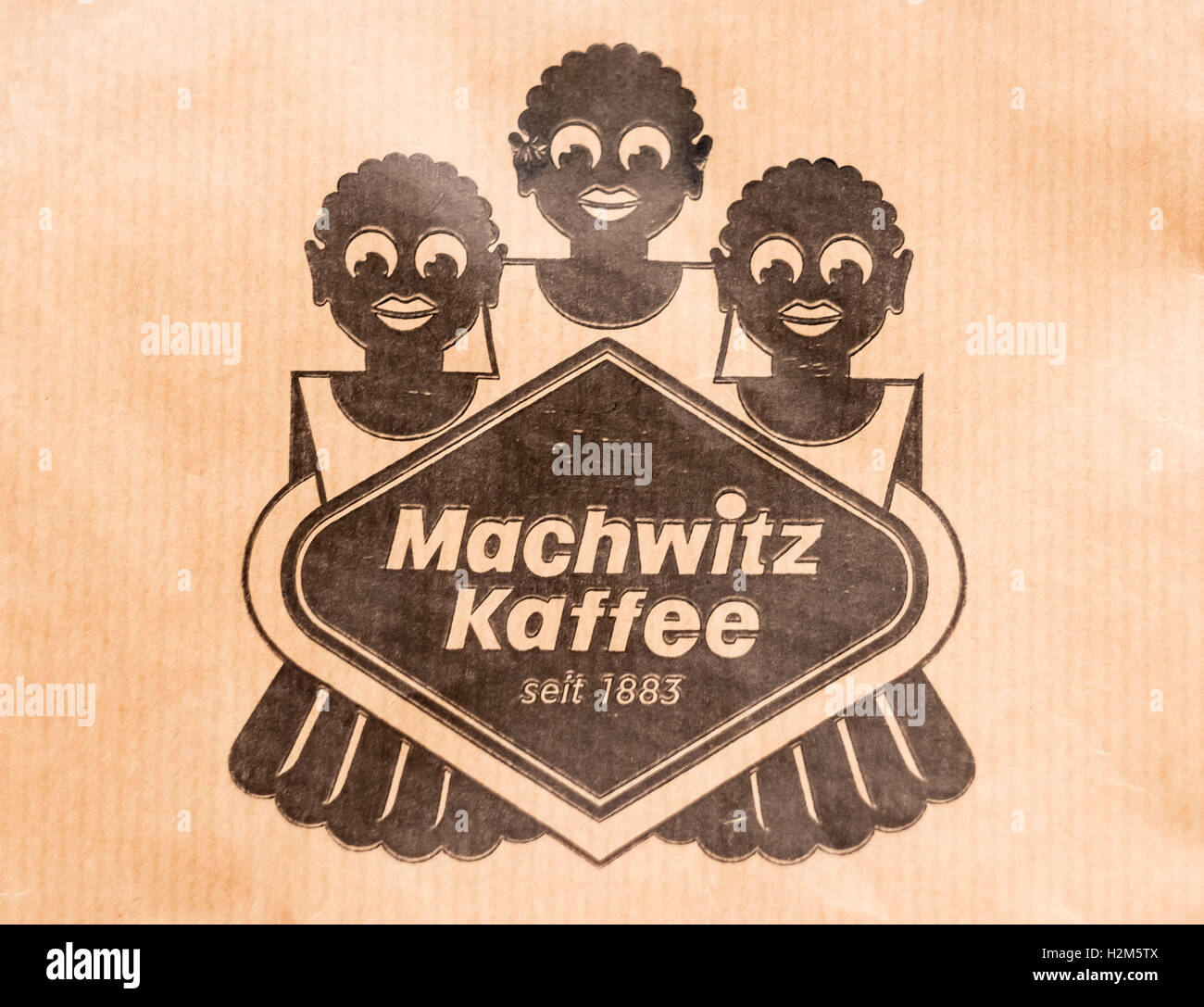 The logo \'Machwitz Kaffee\' is printed onto a bag as part of the ...