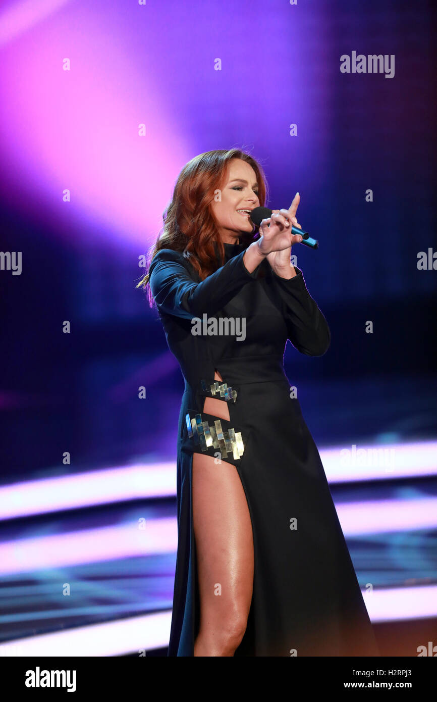 Andrea berg 2016 hd image free - 01st Oct 2016 Andrea Berg On The Zdf Show Willkommen Bei Carmen Nebel In Berlin Germany 01 October 2016 Photo Joerg Carstensen Dpa Alamy Live News