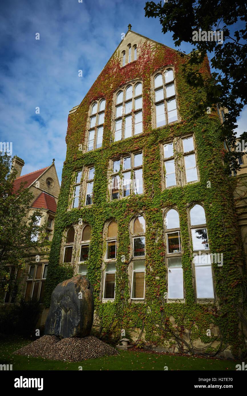 Manchester University Historic Buildings Architecture Quad Quadrangle University  Universities College Education Stock Photo