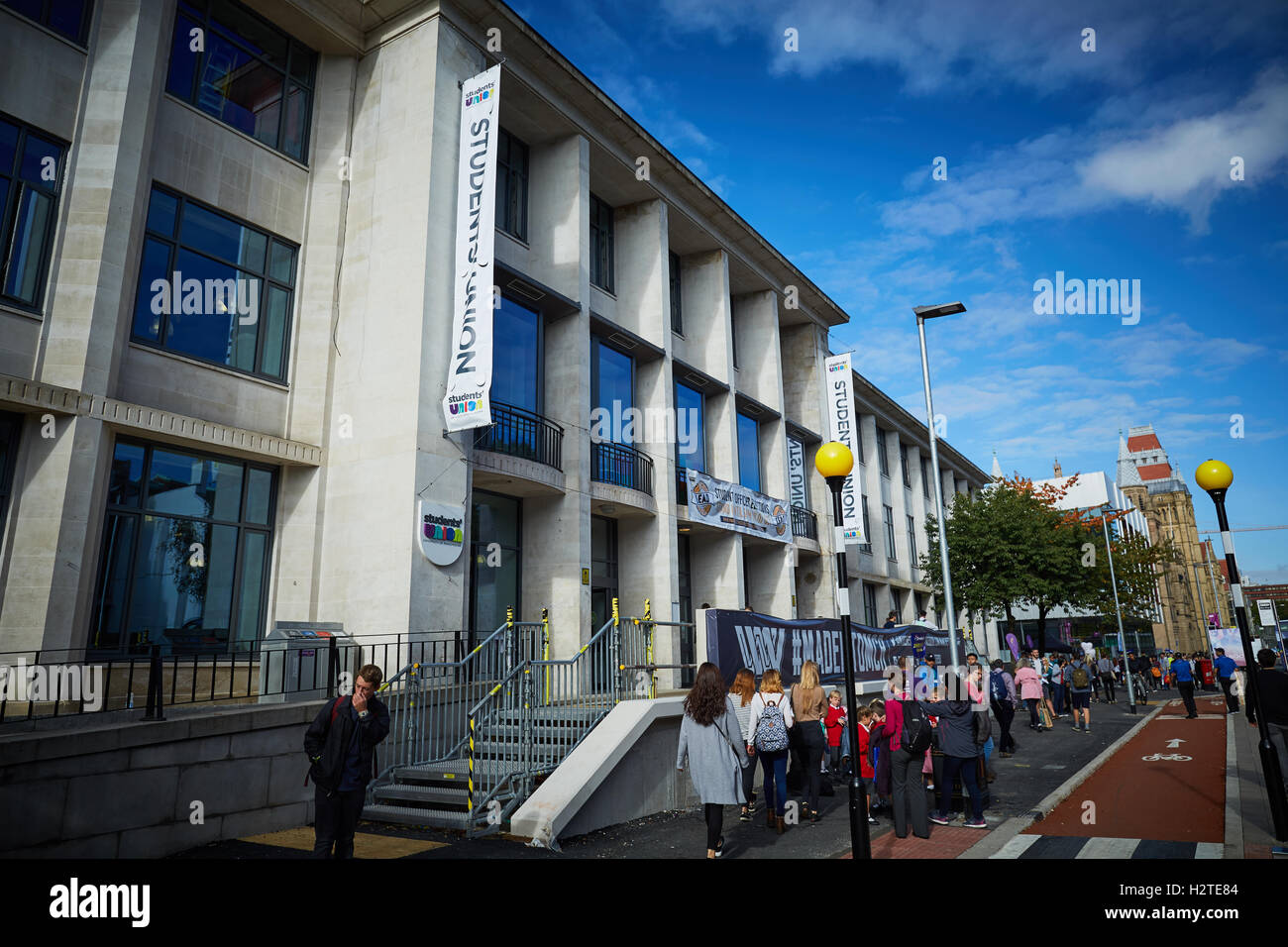 manchester university student union building architecture quad