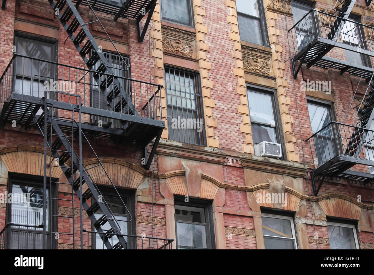 Old Red Brick Apartment Building In New York City   Stock Image Part 67